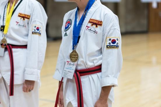 jj gold medal-2