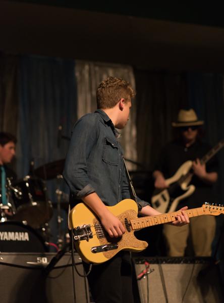yellow guitar-1